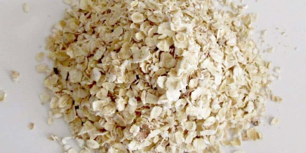 A handful of oats.